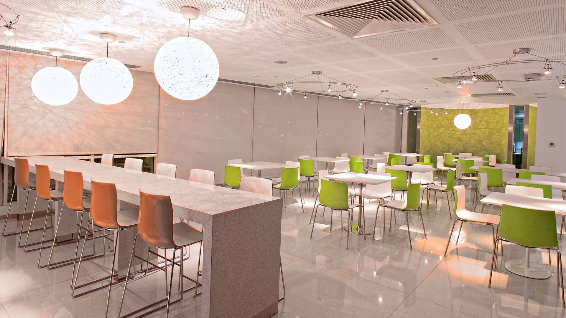 Office furniture suppliers in Dubai | Multipurpose office
